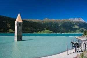 Lac Resia, paysage d'Italie